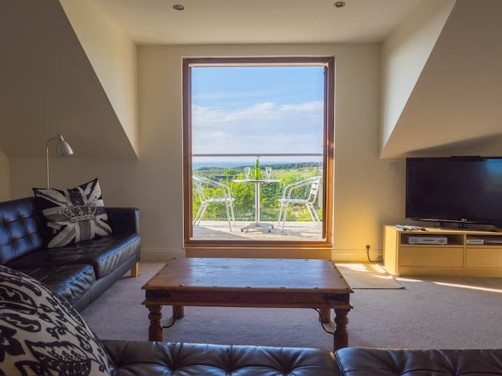 Superb Gullane location, balconies, sea views