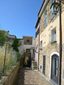 Piccola casa antica nel borgo - Pompeiana