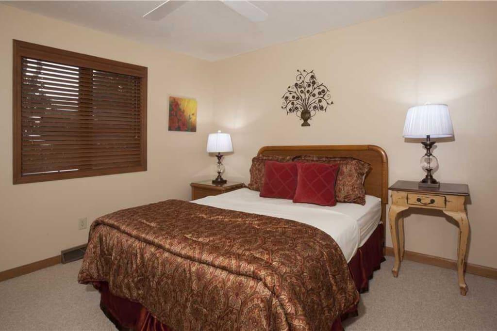 RH3 Bedroom2