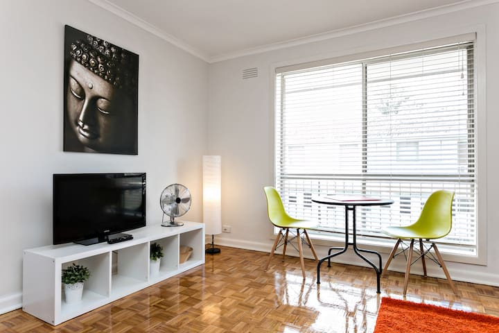 Bright & Modern Flat in Murrumbeena - Murrumbeena - Apartament