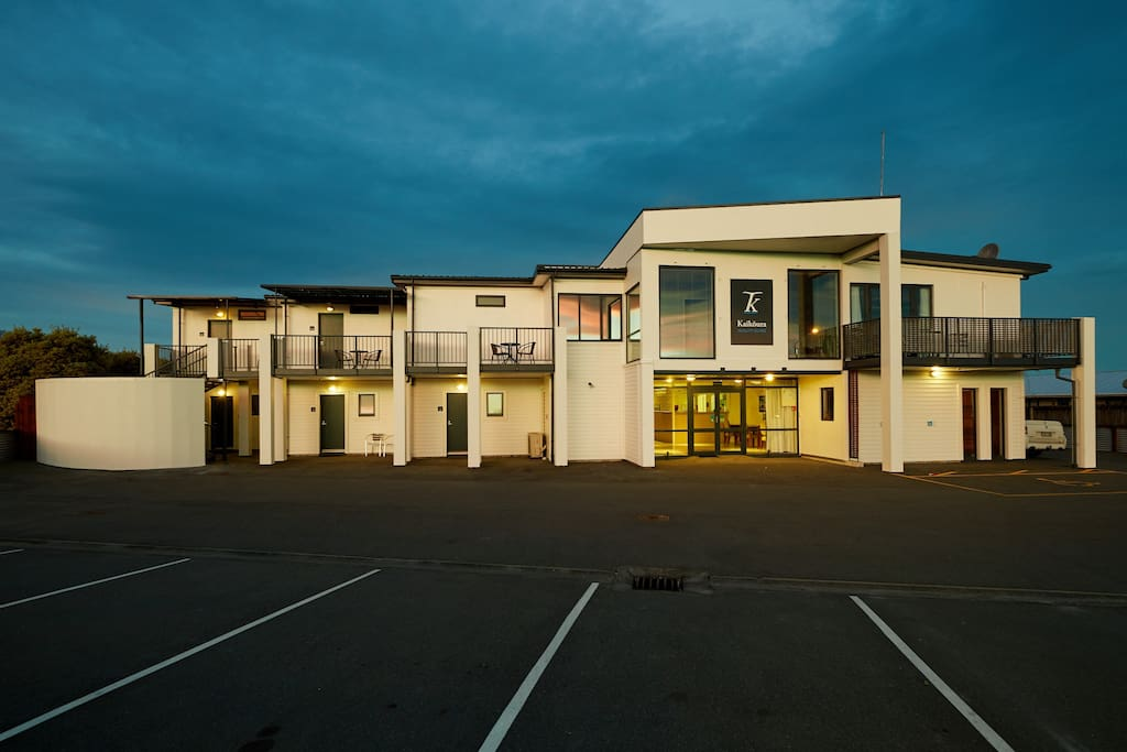 Kaikoura Quality Suites off street parking