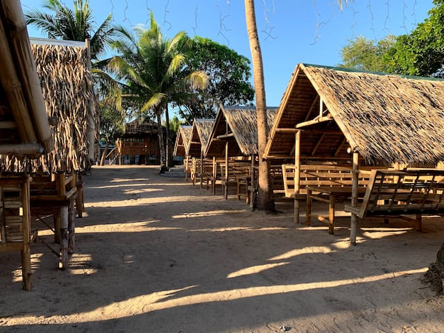 Camp Laiya Beach > Kasita for 4pax with A/C