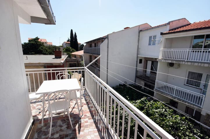 One bedroom apartment with balcony Podaca (Makarska) (A-4734-c)