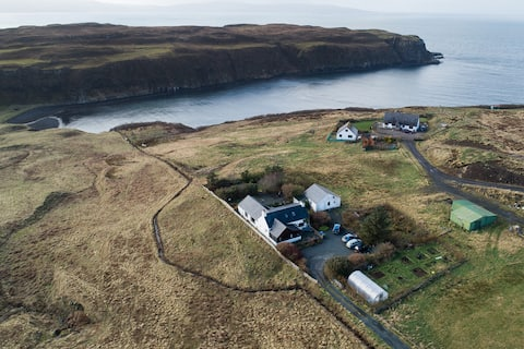 Cuillin Cottage, Self catering, Isle of Skye.