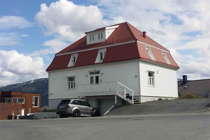 Two lovely apartments with a lovely view of Tromso