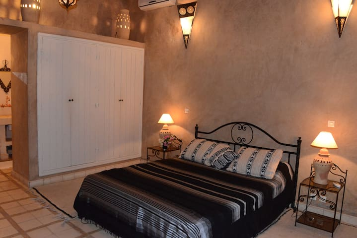 Riad Aïn Khadra - Chambre BIAD - Taroudant - Bed & Breakfast