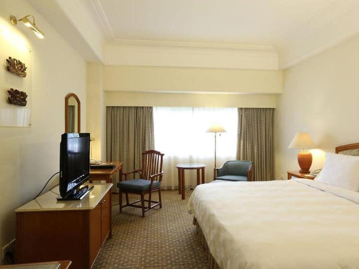Comfy Room Superior At Central Jakarta