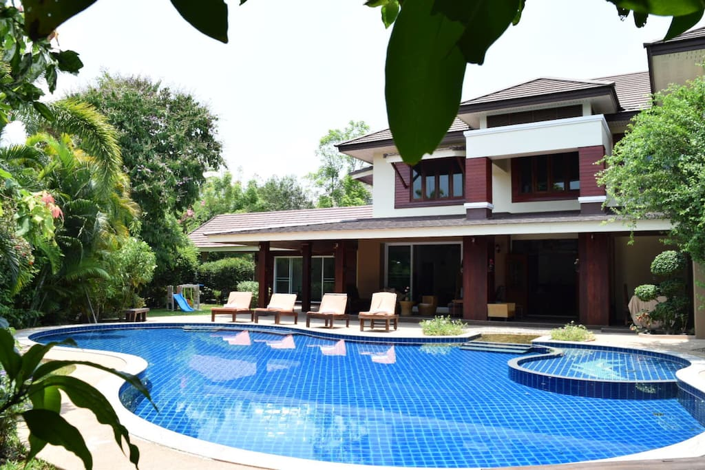8 Bedroom Luxury Villa With Private Swimming Pool Houses For Rent In Chiang Mai Chiang Mai