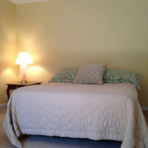 Private Bedroom near Surf & Turf - Rancho Santa Fe - Rumah
