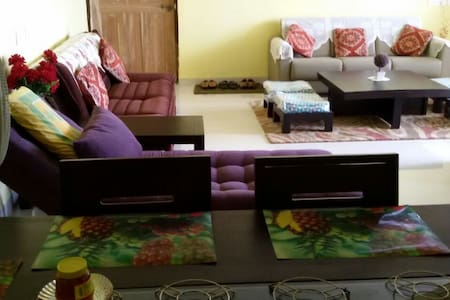 Fully serviced Goa holiday home - Bicholim - Lejlighed