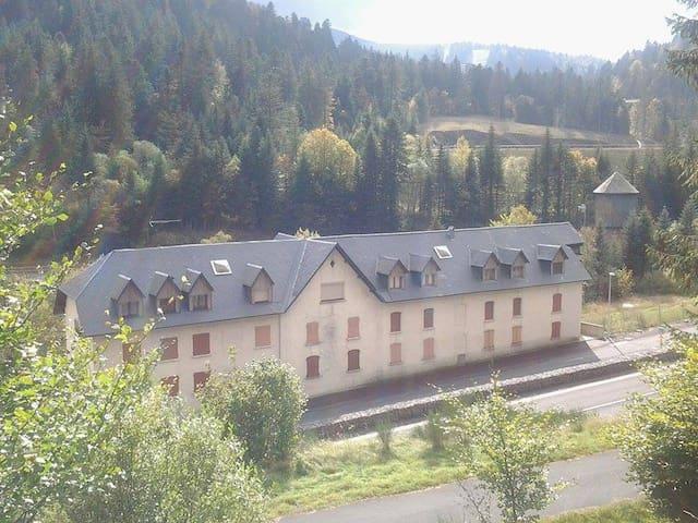Studio Résidence Alagnon secteur gare sncf - Laveissière - Apartment
