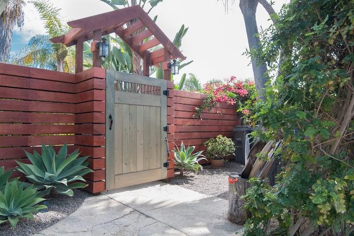 Old Encinitas  Serene 2 Bedroom Duplex w/garden