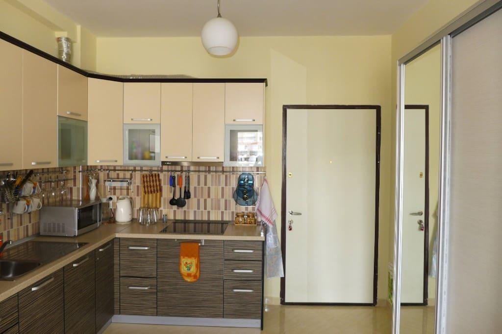 Кухня - гостиная / Kitchen - living room
