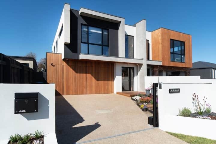 Portrush Luxury Villa