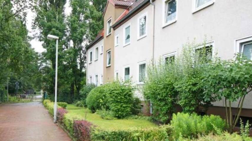 5 Min to Hannover Messe/Cebit , 3 Room Apartment