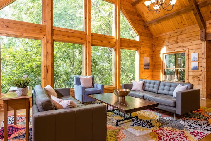 Log Cabin Lodge That Has It All