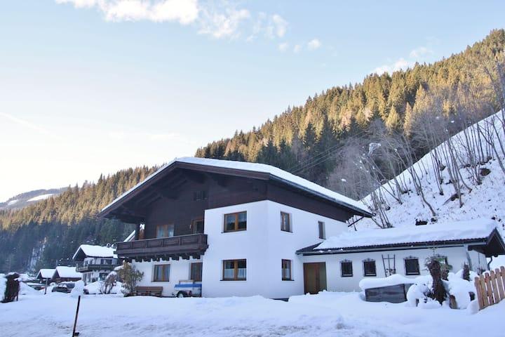 Spacious Apartment near Ski Area in Salzburg