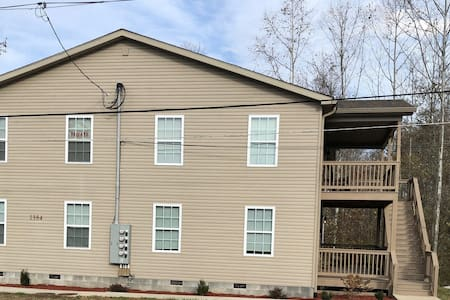 Top Notch: Two Bedroom, Two Bath