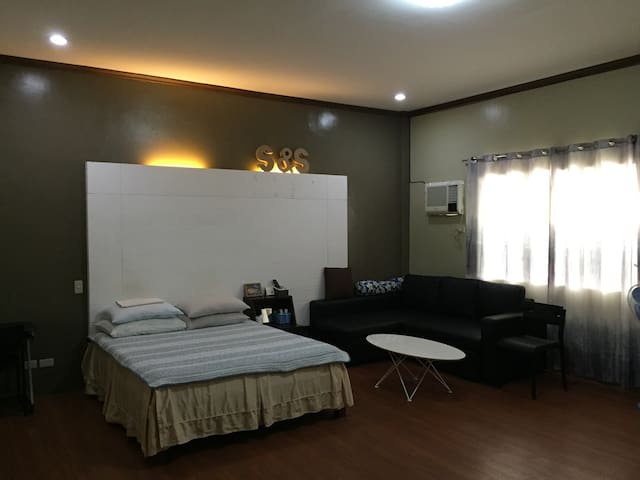 Room in Capitolville Subd. BCD. - Bacolod - House