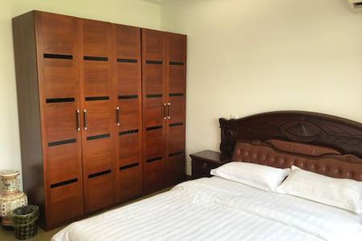 Room1房间1设施