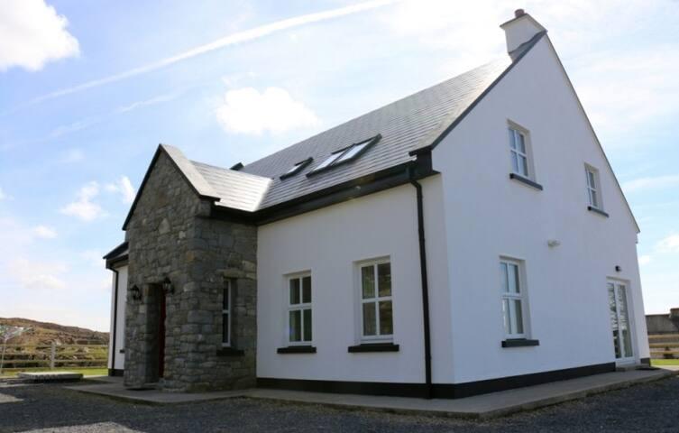 Connemara Private Scenic Residence