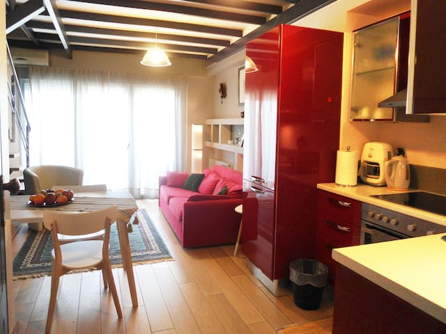 Chania central apt with sea view. - Chania - Apartment