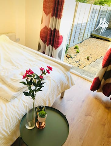 Superb Double Room With Private Garden