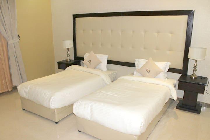 TWO BEDROOM + 2 BATH 120m², NEAR  ISHBILIYAH PARK