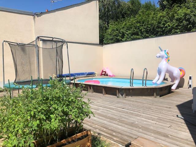 Maison moderne 80m2, piscine chauffée privative
