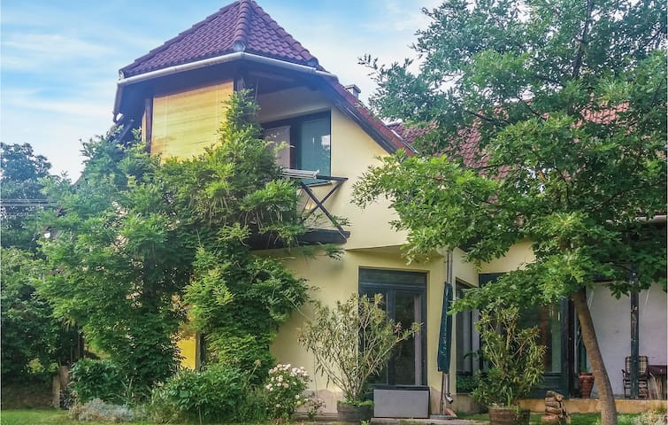 Holiday apartment with 4 bedrooms on 74m² in Bánd