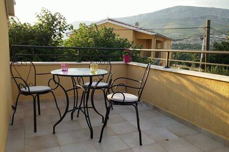 Cozy Apartment-10 min from Split - Solin