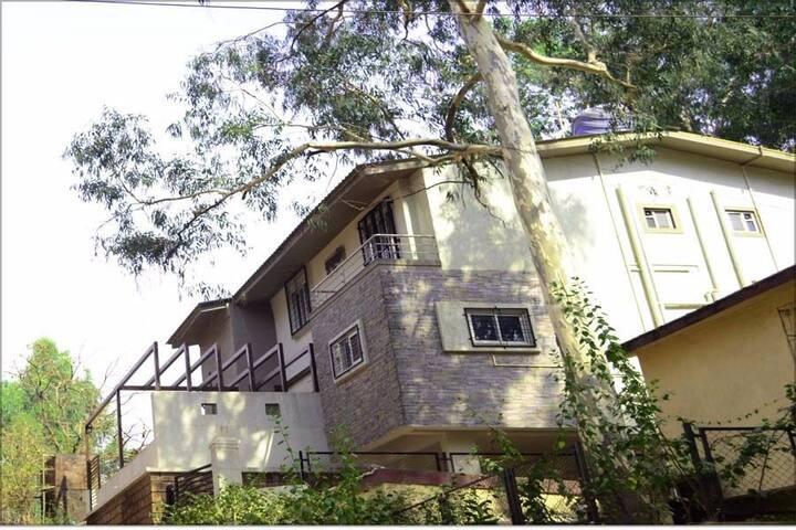 Kusumani Hills