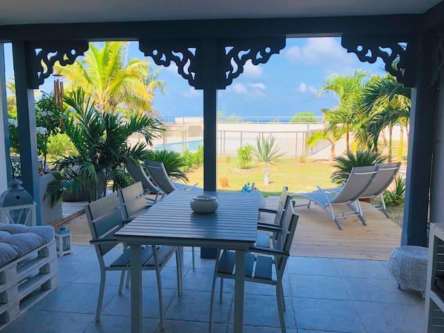 Airbnb Rue De La Baie Orientale Holiday Rentals Places To