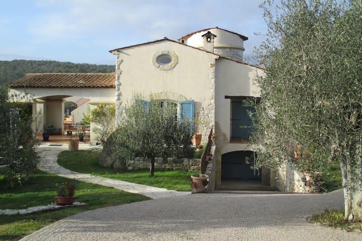 Gîte de l'Emiliana - Roquefort-les-Pins - Villa