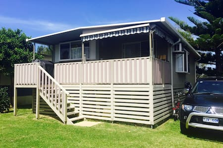 Sandy Toes Beach Retreat Cabin 107 - 巴特曼斯灣(Batemans Bay)