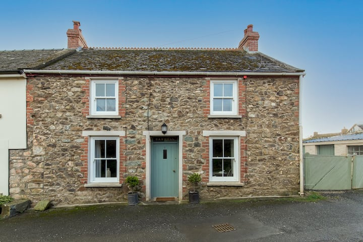 Caswell Cottage