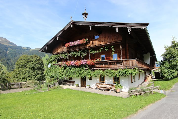 Cozy Apartment in Tirol Tyrol with Mountain Views