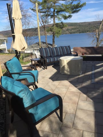 """R"" Lake House on Beautiful Otsego Lake - Cooperstown"