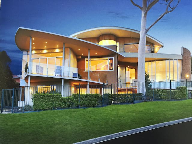 F&D's House - Toorak,Melbourne - วิลล่า