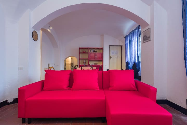 Seafront Beach Apartment - Albisola Superiore