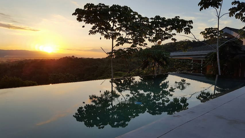 "Casa Libert'inn "" Iguane ""  2 pers terrasse privée - Quepos - Apartment"