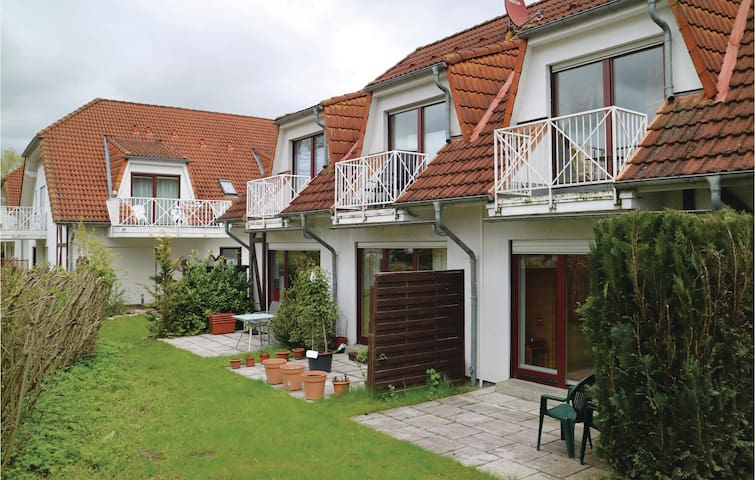 Holiday apartment with 2 bedrooms on 48 m² in Gustow