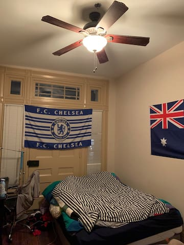 Bedroom in Downtown Athens
