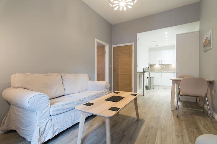 Modern Merchant City Flat - Glasgow - Appartement