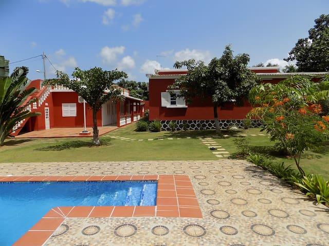 Vila Marilyn - São Tomé - Rumah
