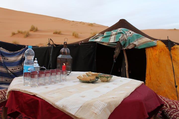 BIVOUAC / HAIMAS en el desierto - Merzouga - Tenda de campanya