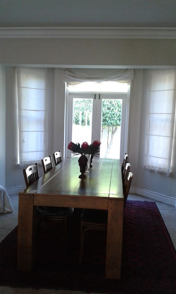large dining areas 2