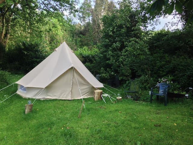 Glamping - Bell Tent & Stove in beautiful setting