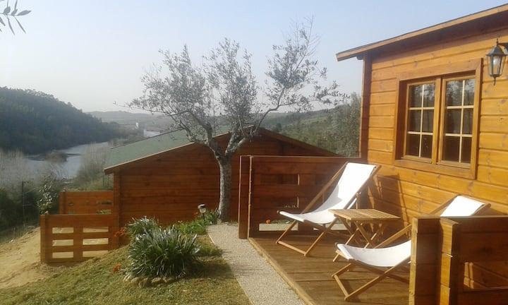 Colinas do Tejo casas de madeira com praia privada