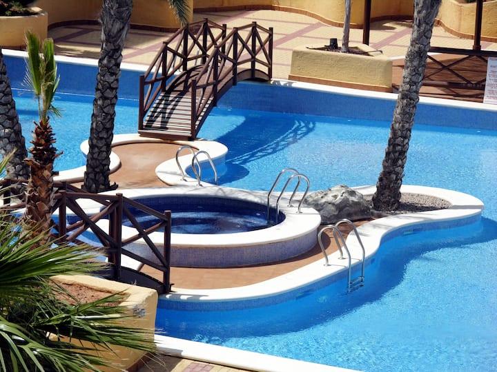 Fantastic sea views, wifi, 2 pools, parking